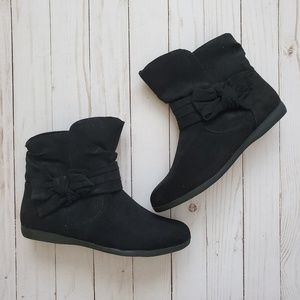 💕 Cute Black Ankle Boots 💕